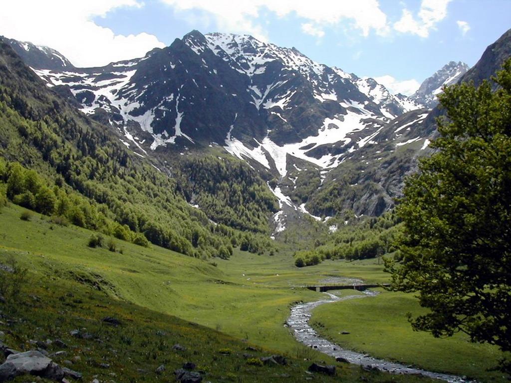 Pirineos de l rida valle de ar n - Inmobiliarias valle de aran ...